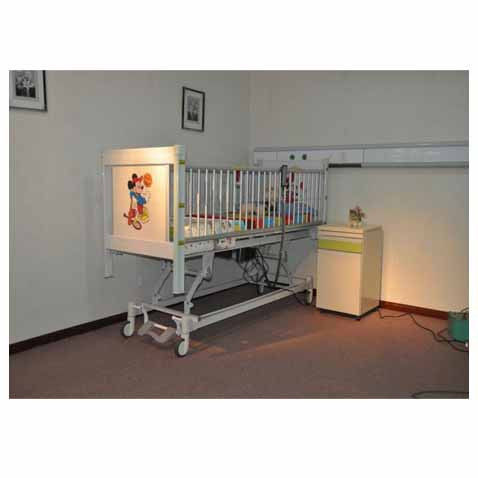 Electric Pediatric  Bed / 4 motors